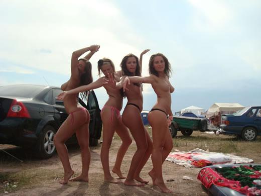 amigas rusas posando desnudas-4