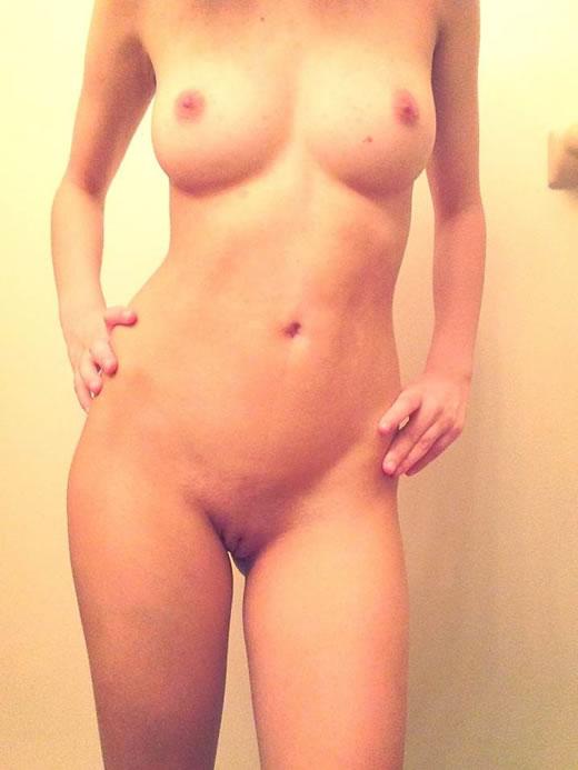 chica anonima desnuda-8