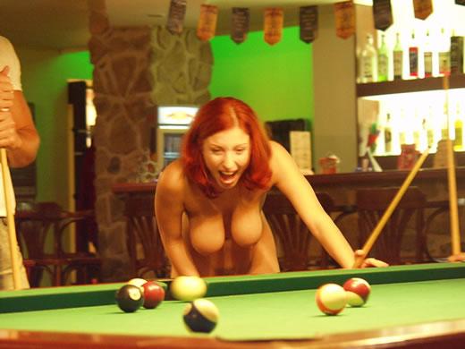 desnuda en publico-17