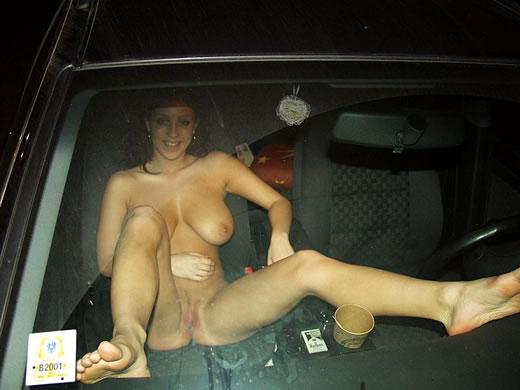 desnuda en publico-30