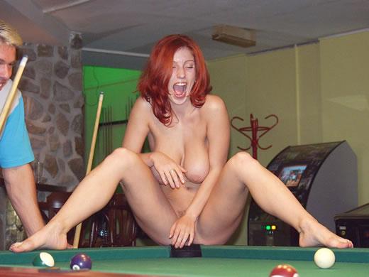 desnuda en publico-34