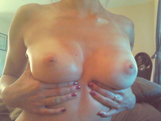 modelito amateur desnuda-37