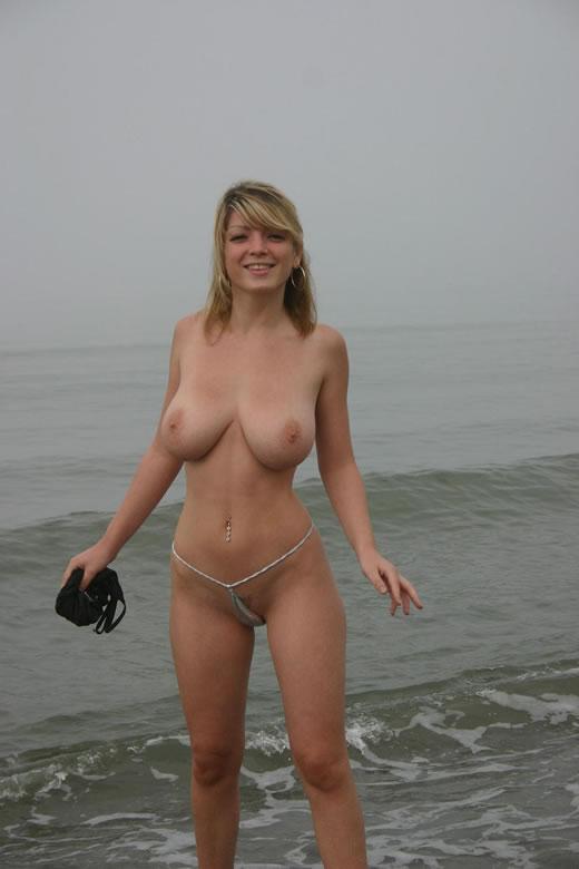 nudismo en la playa-20