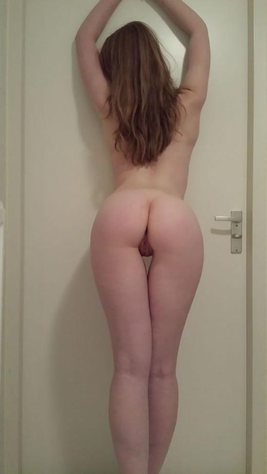 rubia hermosa desnuda-9